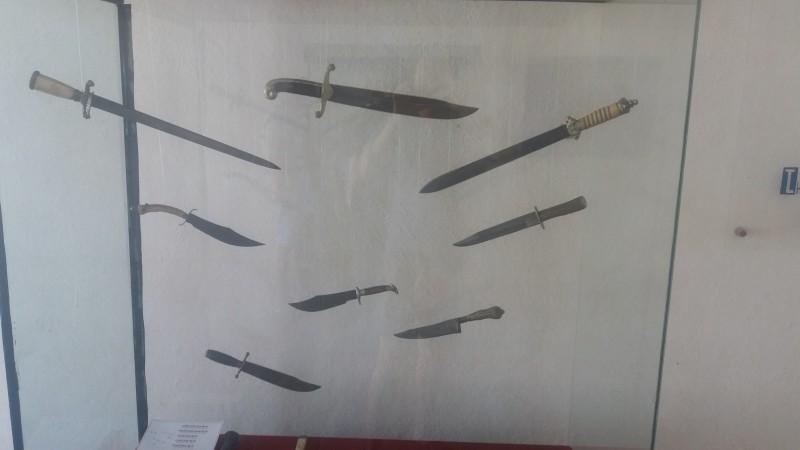 Американские ножи Боуи – такая же визитная карточка ковбоев, как и револьвер «Кольт». В Южной Америке были немногим менее популярны, чем в Северной.