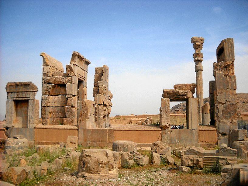 Persepolis vs those iranian friends