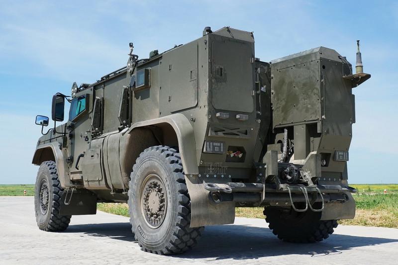 Защищенный автомобиль К-4386-ПВО