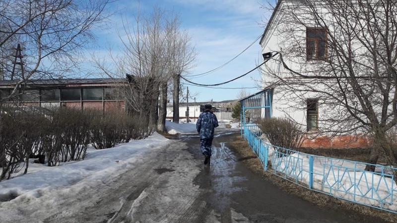 Правозащитники не смогли попасть в краснотурьинскую женскую колонию. Фото: facebook Алексея Соколова