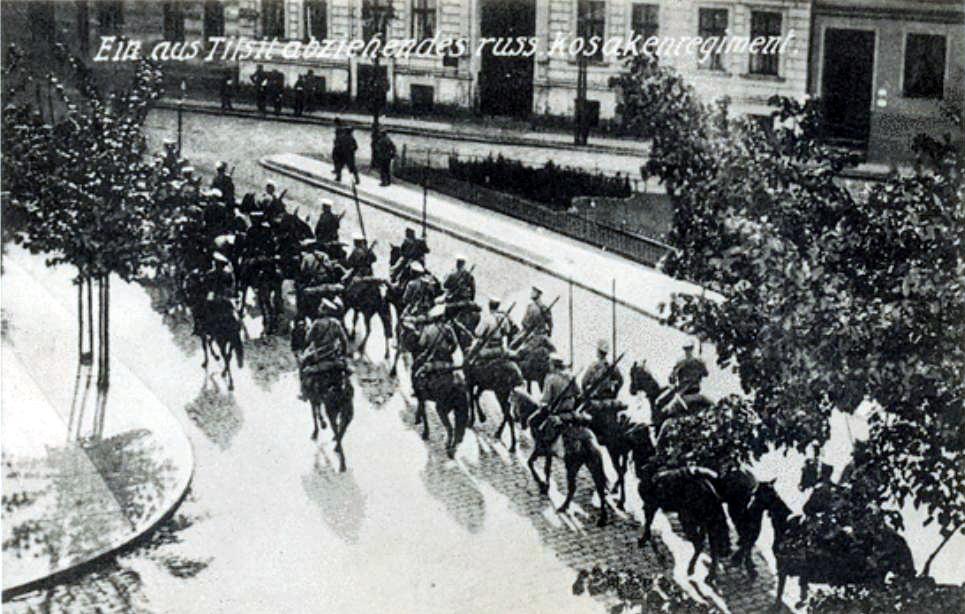Herzog-Albrecht-Platz, Abzug des russischen Kosakenregiments