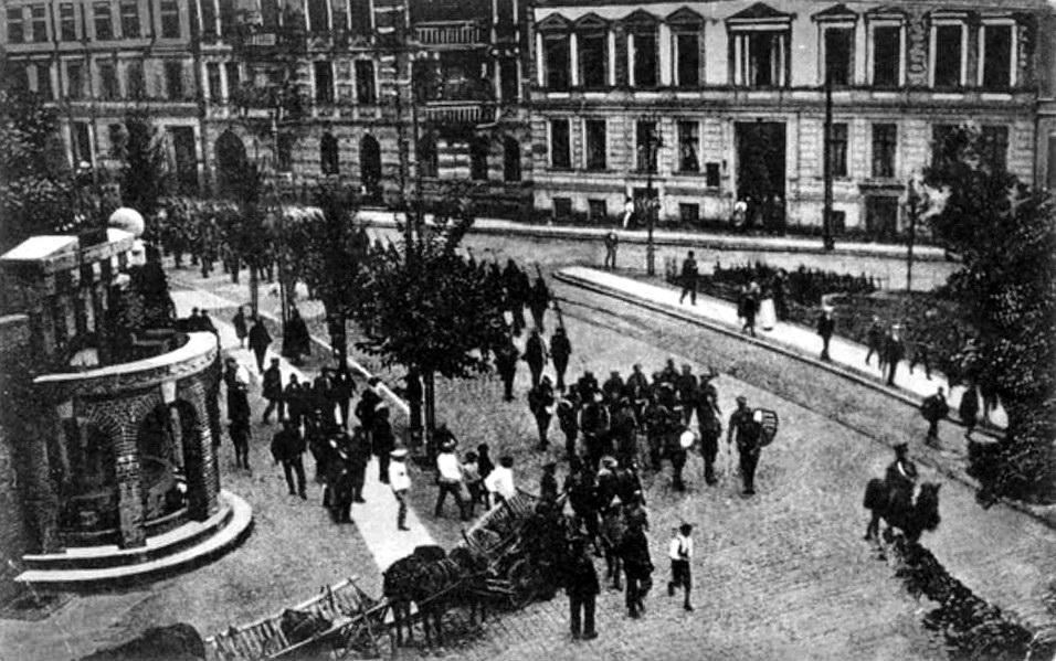 Herzog-Albrecht-Platz, Einzug eines russischen Infanterie-Regimentes