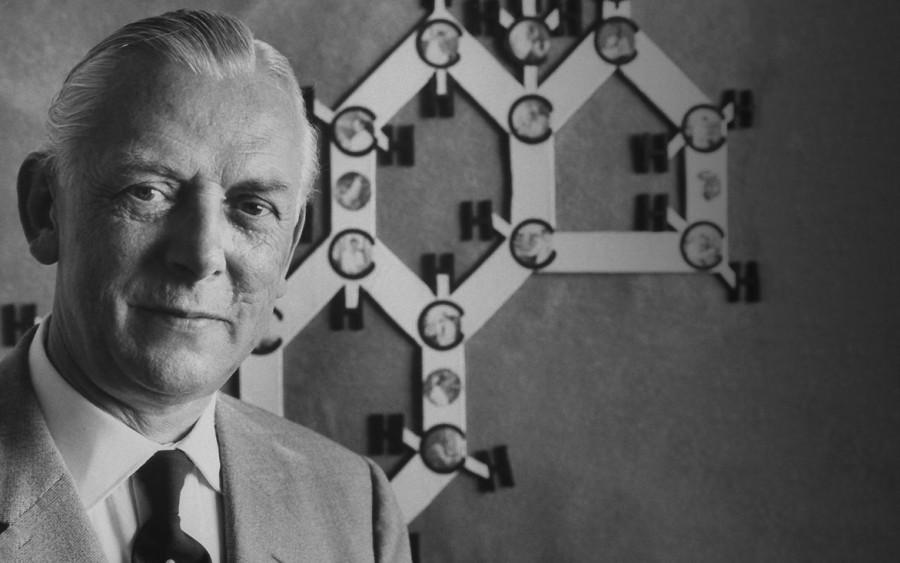 Нобелевские лауреаты: Адольф Бутенандт. «Гормональная» премия