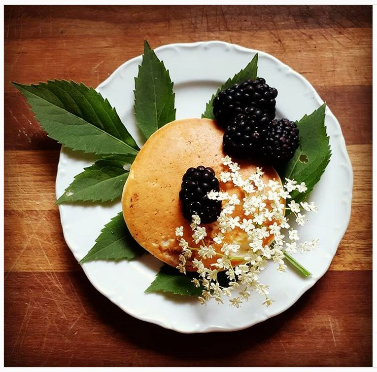 Elderflower pancakes