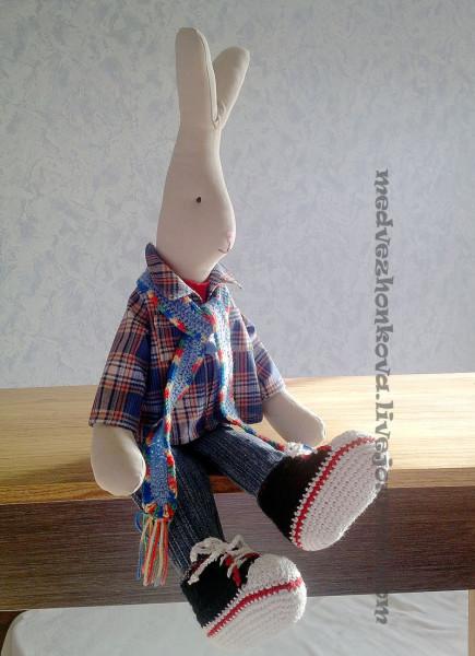 кролик-в-кедах