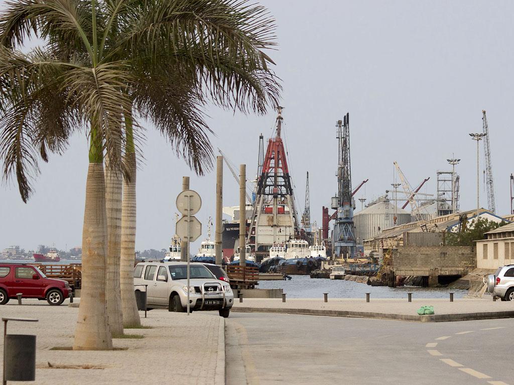 Луанда Порт