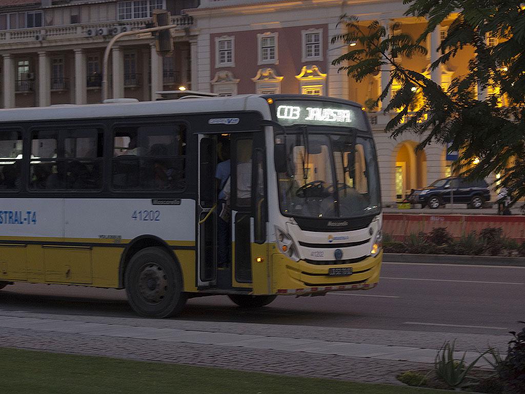 Луанда Автобус