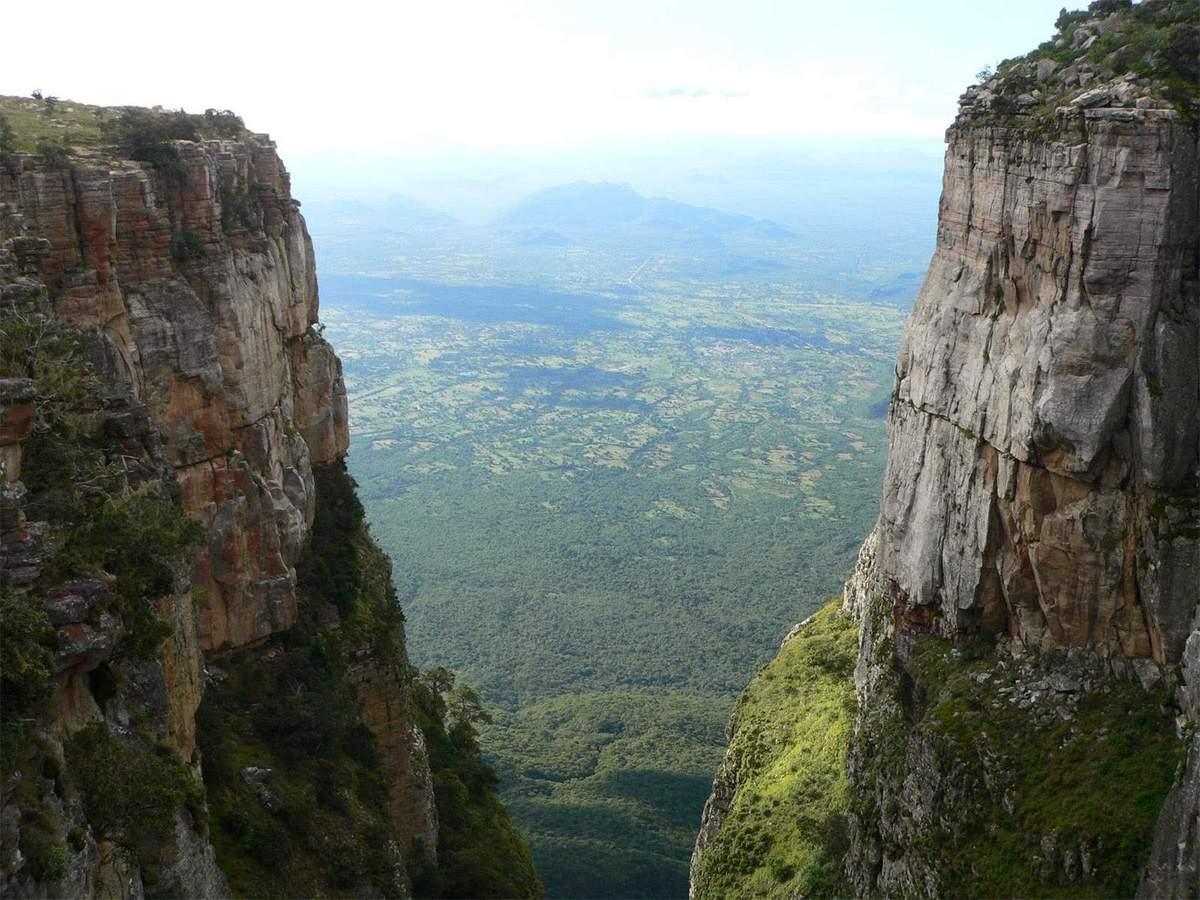 Fenda da Tundavala - Lubango
