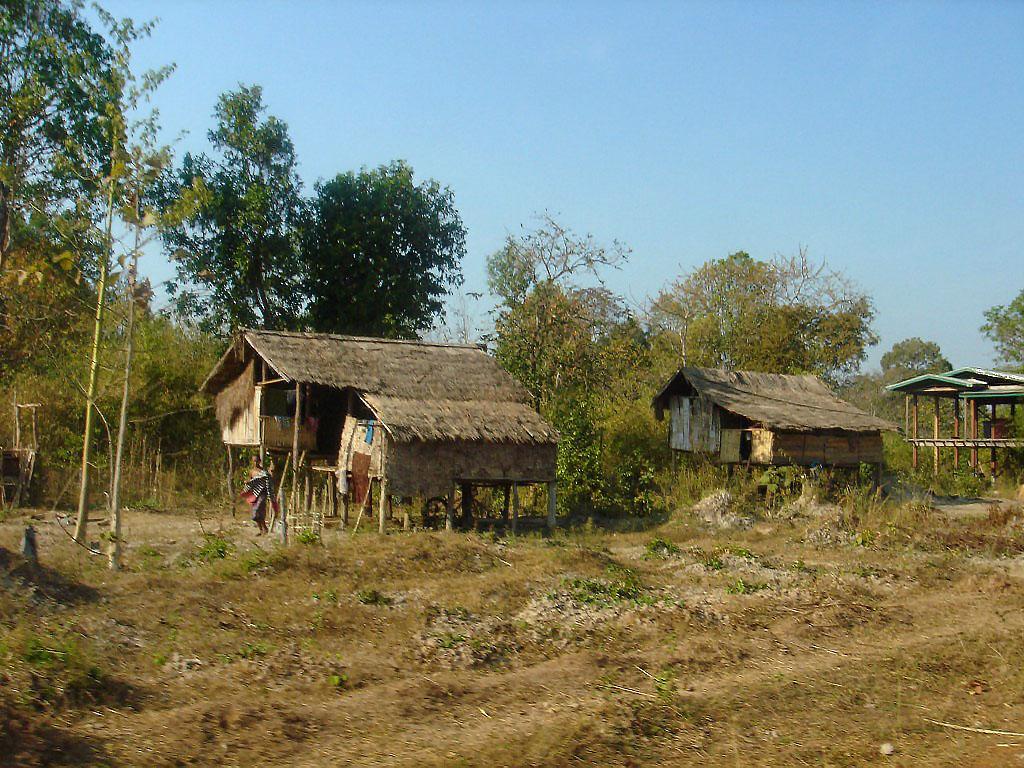 Лаос деревня