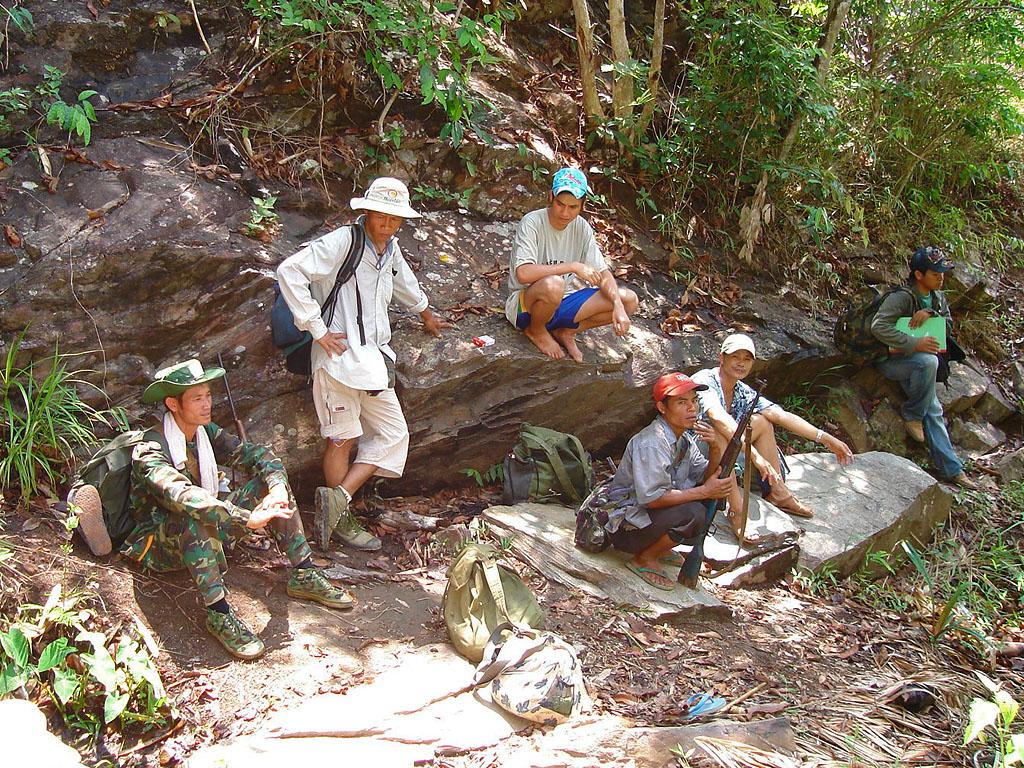 Лаос охотники