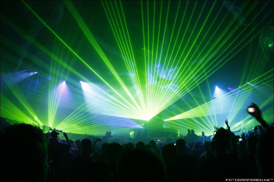 Скачать песню клубняк 2013 года во всех крутых клубах