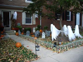Halloween yard, 10/31/2010.