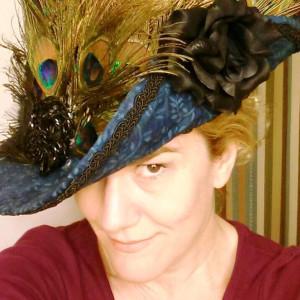 hat-peacock-me