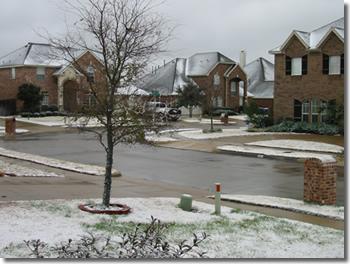 Frisco, TX - Pics of Snow Fall (December 22, 2004)