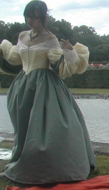 Robes De Mariee: Robe De Mariée Style Louis Xiv
