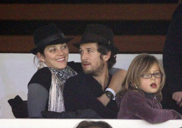 Marion+Cotillard+Guillaume+Canet+watch+Gucci+cBXqIV-p1-Yl