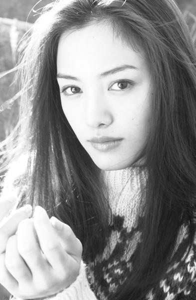 yukie-nakama-693286l