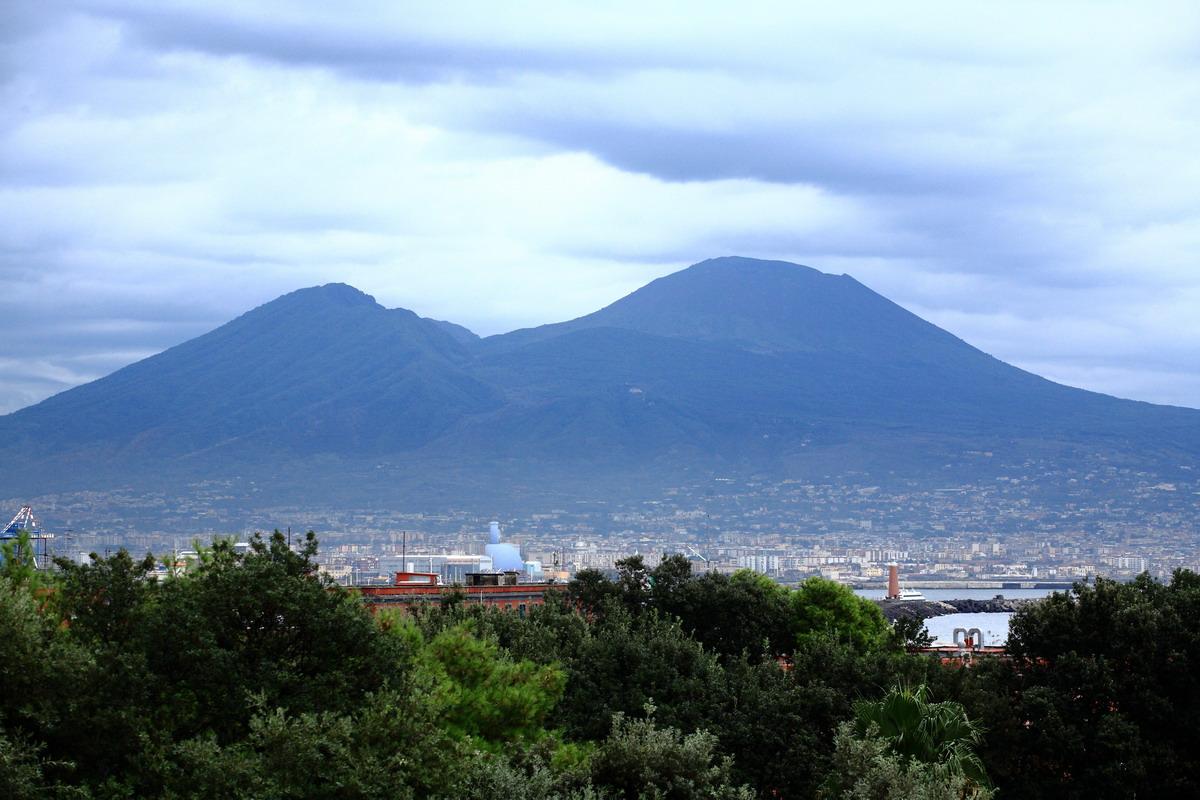 Неаполь - прогулка по городу