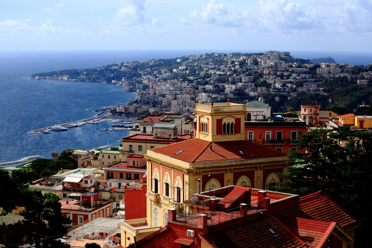 решил посетить этот самый Неаполь