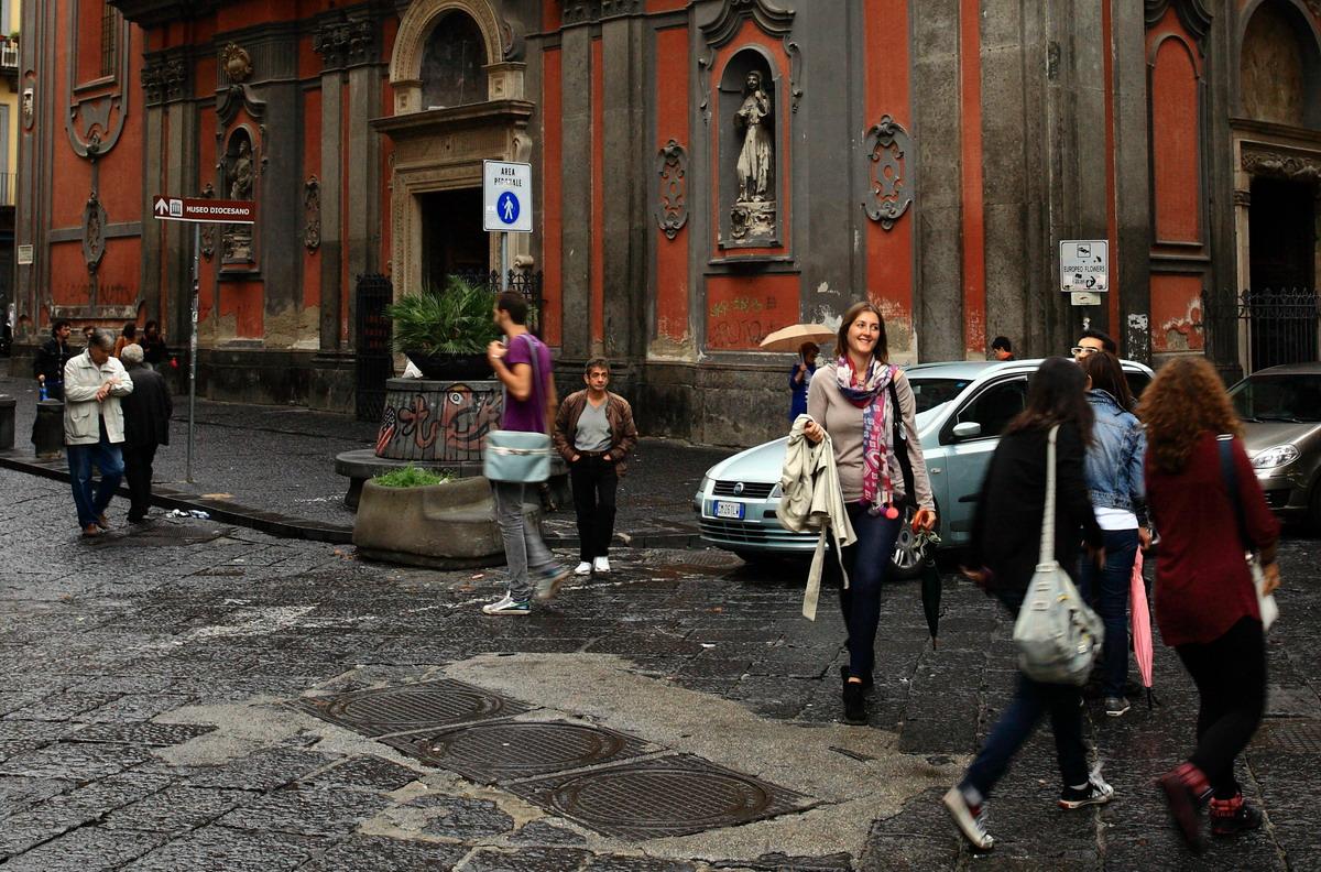 Это город пузырьков просекко на площади Сан Анджело