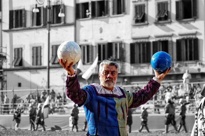 RUFINO Firenze e il suo Calcio.Il Pallaio fotografia su supporto glossy high definition paper 2010 80x100cm