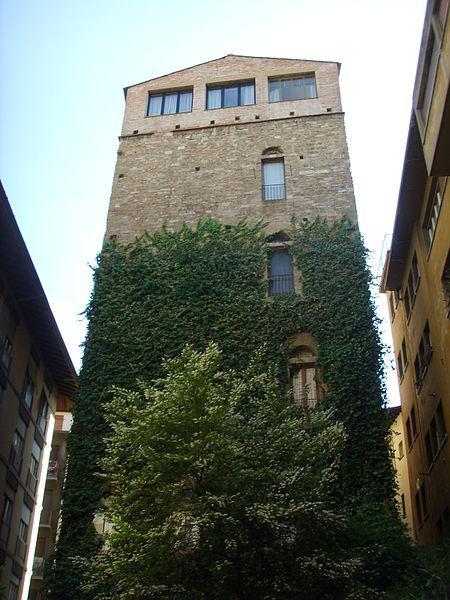 450px-Torre_dei_belfredelli_11