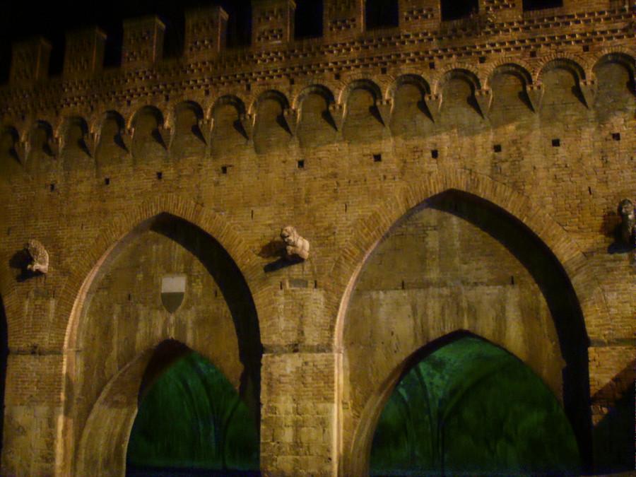 Siena,_fontebranda_02