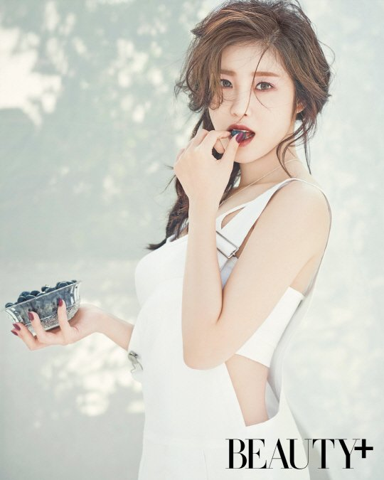 Stunning And Surprising New Looks: Hyosung Looks Stunning In New Photoshoots, Explores