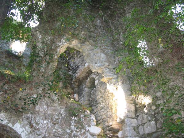 древние стены