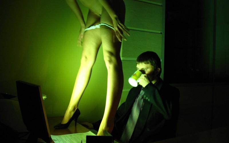 porno-ulichnih-ekranov