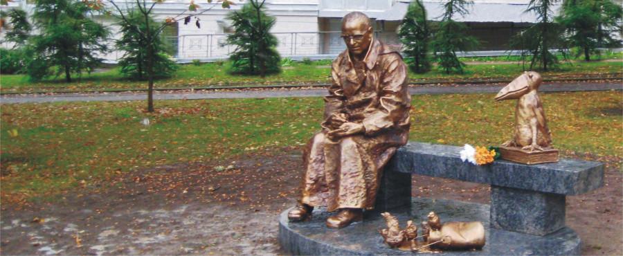 Памятник Шадрунову