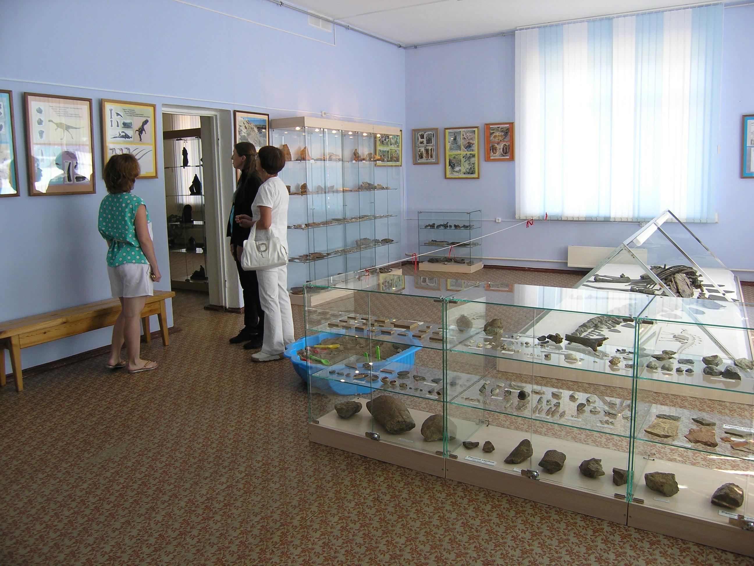Зал палеонтологии