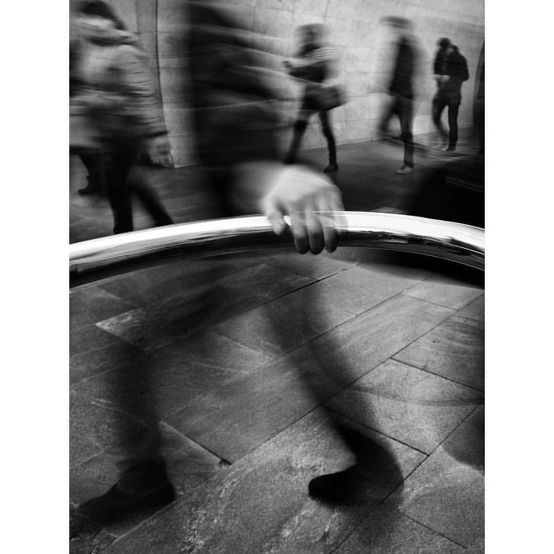"Вход на эскалатор станции ""Лубянка"""