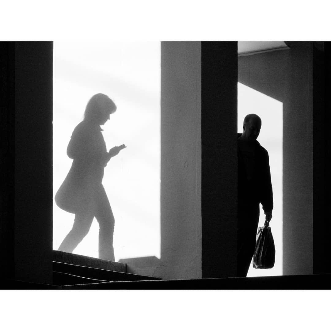 """Вход на """"Китай-Городе"""" в закатном свете"""