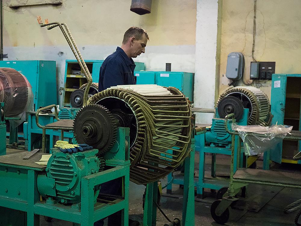 Как ремонтируют электровозы