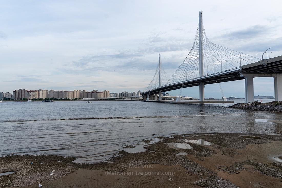 Мост через Петровский фарватер