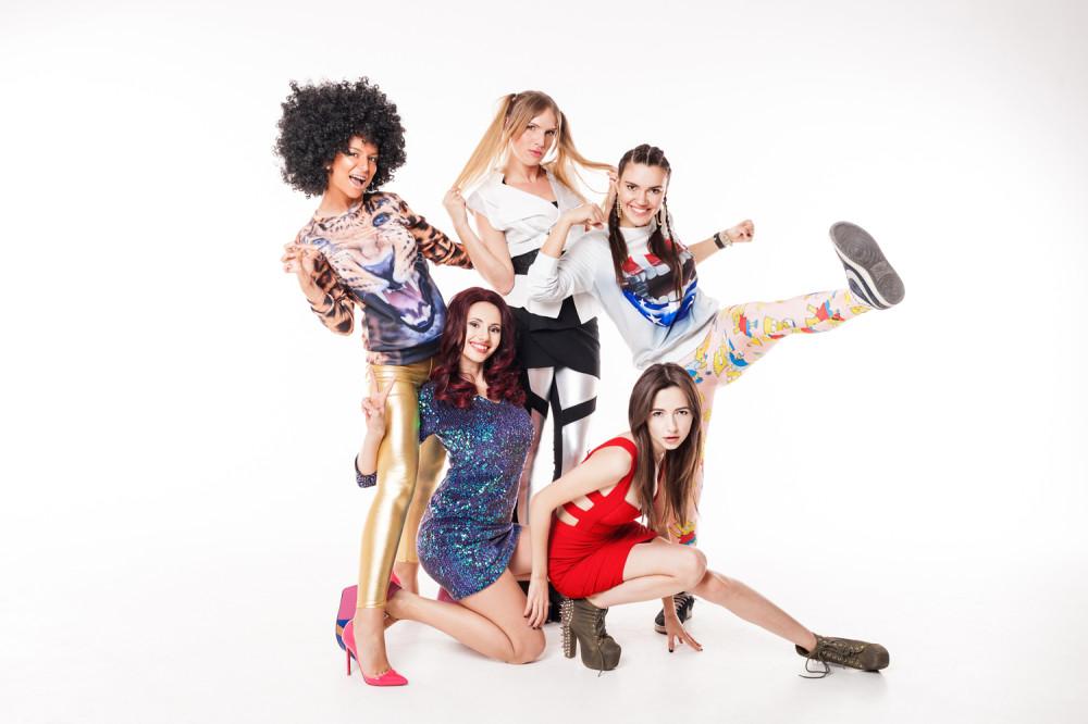 Spice Girls (Н†в†и† АђЃбЃҐ†, Н†бвп Н•™а†бЃҐ†, Т†≠п Кге†а•Ґ†, Аа®≠† Б†Ђ•а®≠† ® АЂ•™б†≠§а† Л•Ґ®ж™†п) 2