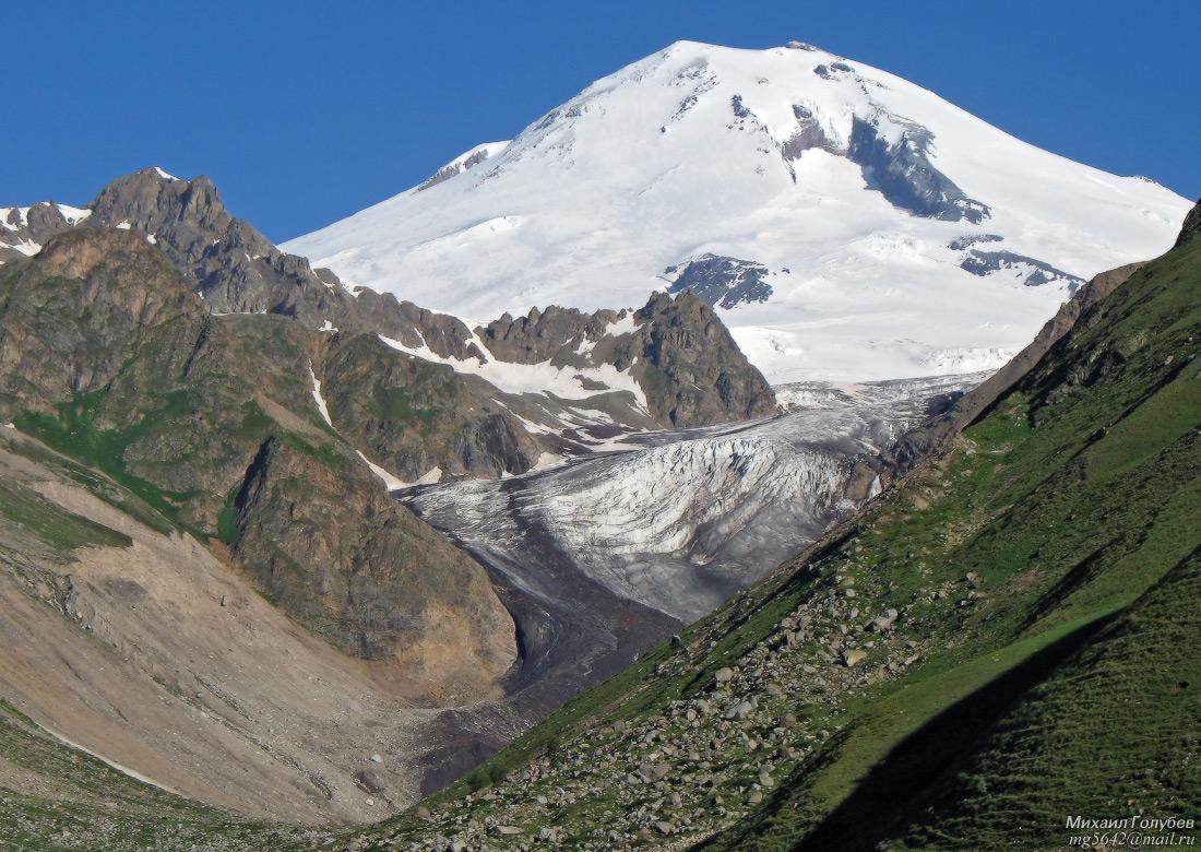 Эльбрус и ледник Ирик