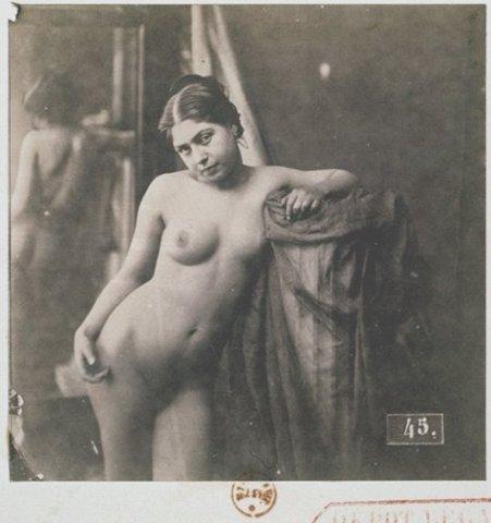 Проститутки в барделях до революции