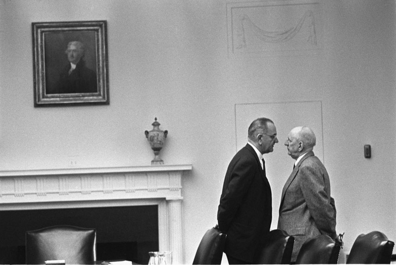 President Johnson intimidating Richard Russell during a meeting at the Whitehouse 1963