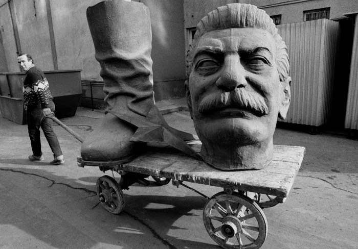 Dismantled statue of Stalin in Budapest 1990