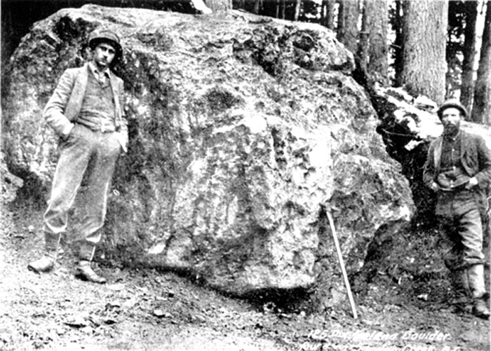 One Huge Silver Nugge120 tons  in 1892 near SandOne Huge Silver Nugge120 t700