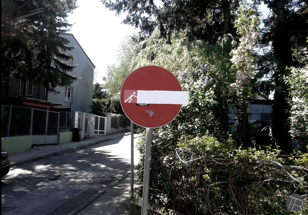 street-art-Tobias-Batik-Vienna-Austria