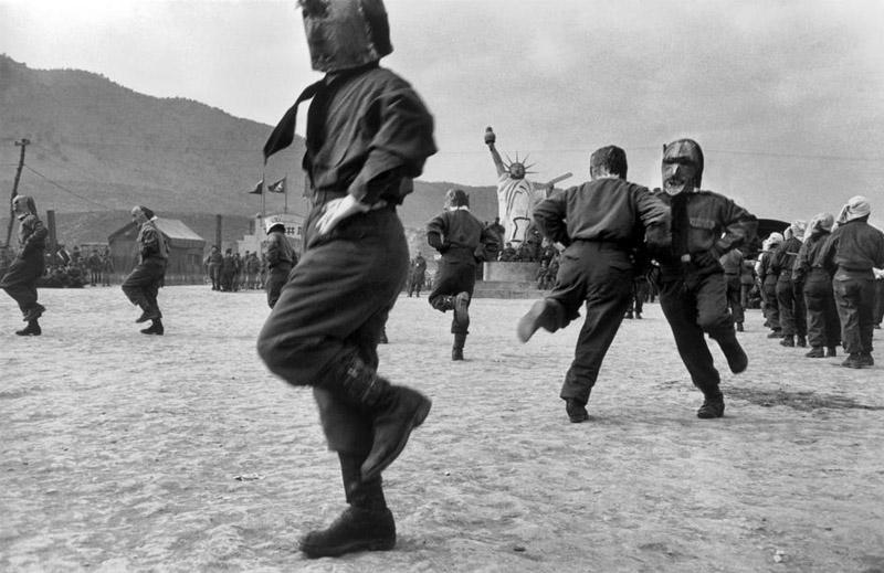 internment-camp-for-north-korean-prisoners-of-war