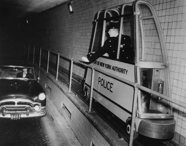 NY's Holland Tunnel, 1954