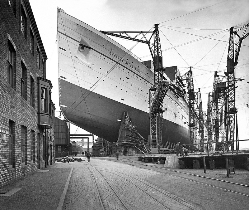 RMS Empress of Britain under construction, 1931.