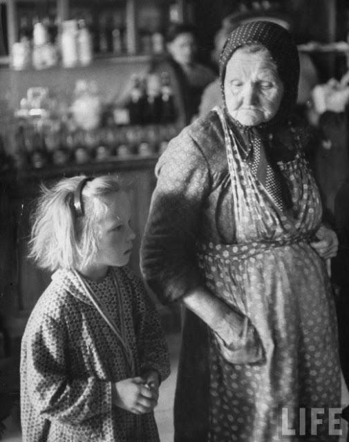 Russian Women of the 1950s (9)