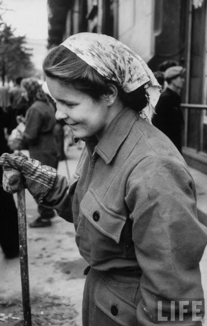 Russian Women of the 1950s (7)