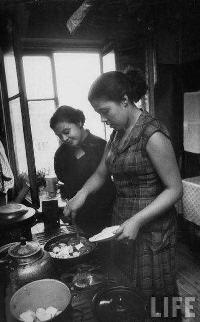 Russian Women of the 1950s (6)