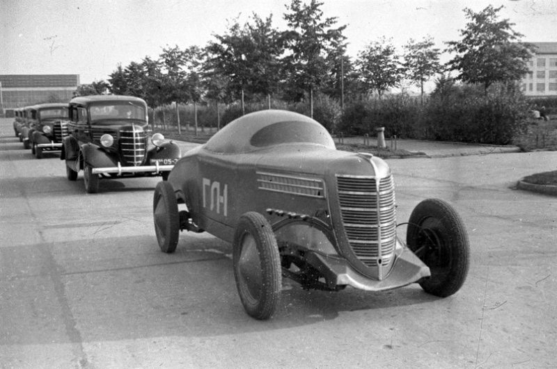 First Soviet race car.1938